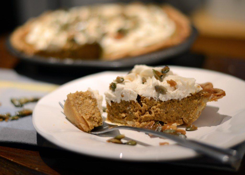 Pumpkin-Caramel-Crunch-Pie-3